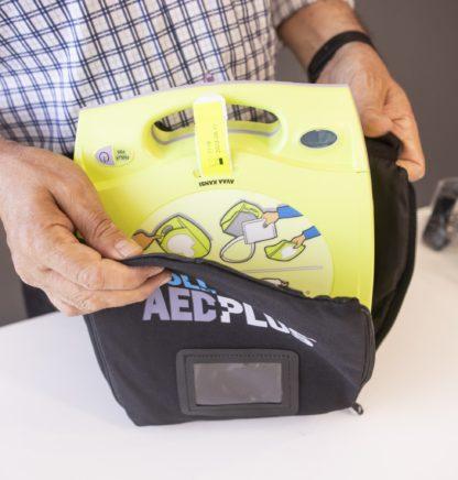 ZOLL AED plus sydäniskuri