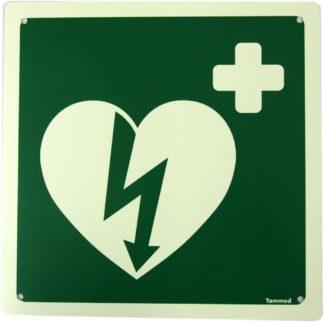 Opastekilpi defibrillaattori